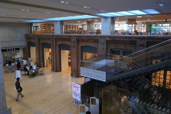 北区立中央図書館2